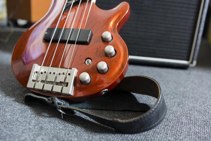 Choose-Bass-Guitar-Rig